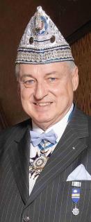Prinzengarde Blau-Weiss ehrt Dr. Stefan Wagner