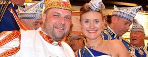 1. Blau-Weiss-Servietten-Orden für Venetia Sara