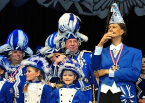 Prinzenpaar startet Flashmob - Jörg Knör und Knacki Deuser begeistern das Publikum