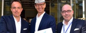 Prinzengarde Blau-Weiss ehrt Josef Hinkel