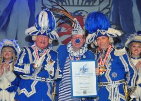 Blau-Weiss-Kostümsitzung ein voller Erfolg