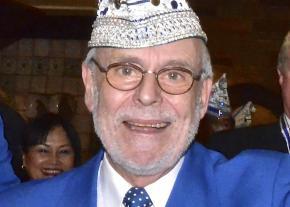 Goldene Pritsche für Ehrenpräsident Engelbert Oxenfort